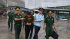 Lực lượng chức năng bắt giữ Nguyễn Thị Hà Vân khi đang vận chuyển trái phép ma túy vào Việt Nam
