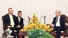 Thượng tướng Nguyễn Chí Vịnh (bên phải), Thứ trưởng Bộ Quốc phòng tiếp Đại tướng Natt Intracharoen, Thư ký Thường trực Bộ Quốc phòng Thái Lan và đoàn đại biểu cấp cao Bộ Quốc phòng Thái Lan.