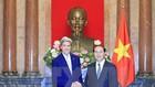 國家主席陳大光接見美國前國務卿克里。(圖源:越通社)