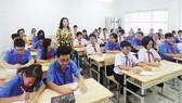 Nên bỏ biên chế vĩnh viễn với cán bộ quản lý giáo dục và giáo viên công lập?  