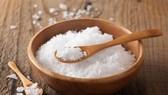 Người Việt Nam cần giảm muối trong khẩu phần ăn  