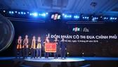 FPT nhận cờ thi đua của Thủ tướng Chính phủ