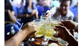 Cần có quy định nghiêm cấm hành vi ép người khác uống rượu bia