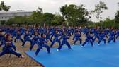 Học sinh, sinh viên trình diễn võ
