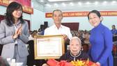 44 mẹ được phong tặng, truy tặng mẹ Việt Nam Anh hùng