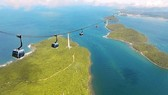 World's longest cable car ride Hon Thom is put into operation in Phu Quoc island District (Photo: SGGP)