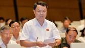 Deputy Nguyen Tien Sinh from Hoa Binh province (Source: baomoi.com)