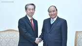 PM Phuc receives newly appointed Chinese, Danish ambassadors