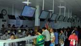 Người dân đăng ký khám chữa bệnh tại Bệnh viện quận Thủ Đức
