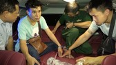 Lao students smugggle 15 cannabis blocks and 200 Methamphetamine into Vietnam