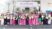 Tập đoàn Nguyễn Hoàng tuyên dương các thầy cô giáo nhân dịp 20-11