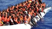 Chuyến bay đầu tiên đưa người di cư từ Libya tới Italia