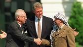 Yasser Arafat thoát khỏi bộ máy ám sát của Israel- Bài 1: Toan tính tiêu diệt máy bay chở ông Arafat