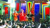 Hụt hẫng sân khấu học đường
