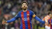 Messi chính thức gia hạn với Barca, nhận lương kỷ lục thế giới