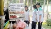 Việc quản lý thức ăn đường phố còn bất cập là một trong các nguy cơ cao gây mất an toàn thực phẩm