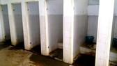 Nhà vệ sinh bệnh viện - nỗi ám ảnh với người bệnh
