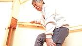 Đẩy lùi đau nhức xương khớp khi giao mùa với phương pháp của người Nhật