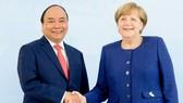 政府總理阮春福與德國總理默克爾會談。(圖源:互聯網)
