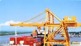 海防港口集裝箱碼頭一片繁忙。