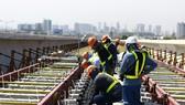 工人正在地鐵1號線施工。(圖源:心德)