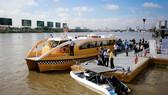 本市開設水上巴士線以促進旅遊發展和減少陸路交通壓力。