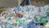 英國擬對瓶裝飲料徵稅,鼓勵回收空瓶。(示意圖源:AFP)