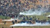 巴勒斯坦示威者與以色列軍隊衝突現場。(圖源:互聯網)
