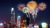 本市在兩地點燃放煙花迎節日。(示意圖源:互聯網)