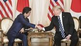 日本首相安倍晉三與美國總統特朗普舉行會談。(圖源:共同社)