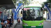 節日增設 70 輛巴士以緩解聯省車站在節日的擁堵情況,旨在為乘客的往來需求服務。(示意圖源:杜鸞)