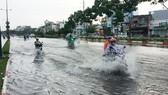 這場強降雨導致范文同街道出現水淹情況。