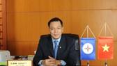 新任工商部副部長鄧黃安。