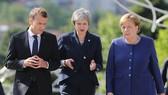 馬克龍與特雷莎梅及默克爾出席保加利亞首都索菲亞歐盟峰會。(圖源:路透社)
