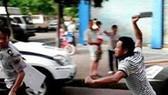"""偷車賊偷車不遂,竟還持刀""""還擊""""。(示意圖源:互聯網)"""