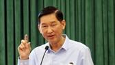 市人委會副主席陳永線。
