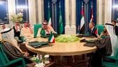 沙特阿拉伯、科威特和阿拉伯聯合酋長國與約旦11日在麥加舉行的圓桌會議,決定向約旦提供總額達25億美元的一攬子經濟援助。(圖源:AP)