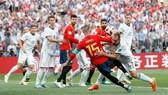 西班牙(紅衣)遺憾出局。(圖源:互聯網)