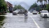 榮市多條街道受淹。