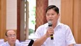 富國縣人民議會副主席梅友激在會議上發言。(圖源:K.Vân)