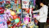 消費者在購買中國的兒童玩具。(示意圖源:互聯網)