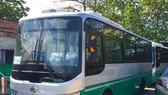 狹窄的巷路不能滿足巴士安全 行駛的條件。