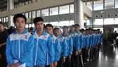 我國勞工赴東南亞各國工作遞增。圖為勞動者在機場排隊辦理登機手續。(示意圖源:互聯網)