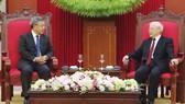 阮富仲總書記接見中國國務院副總理胡春華。(圖源:越通社)