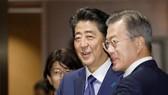 日本首相安倍晉三25日上午在美國紐約與韓國總統文在寅舉行了會談。(圖源:共同社)
