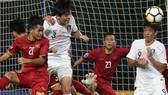越南(紅衣)與韓國隊比賽一瞥。