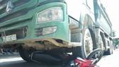 Đà Nẵng: Lại chết thảm dưới bánh xe ben