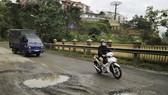 VIDEO: Tan nát tuyến đường cửa ngõ Đà Lạt