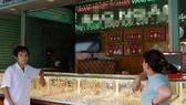 Một tiệm vàng bị trộm gần 300 đôi bông tai