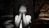 Nghi vấn bé gái 12 tuổi bị hàng xóm hiếp dâm